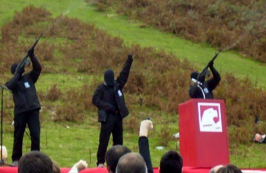 Basque separatists to officially dissolve at peace conference
