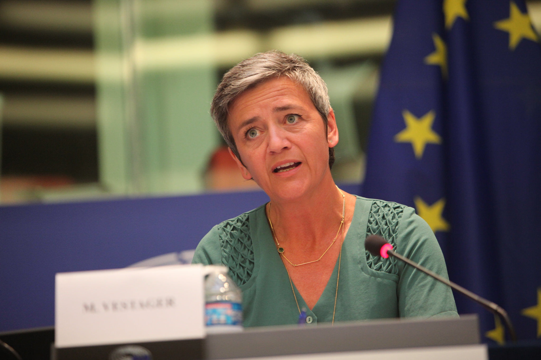 EU opens probe into antitrust breach rules over airline bookings EU opens probe into antitrust breach rules over airline bookings new picture